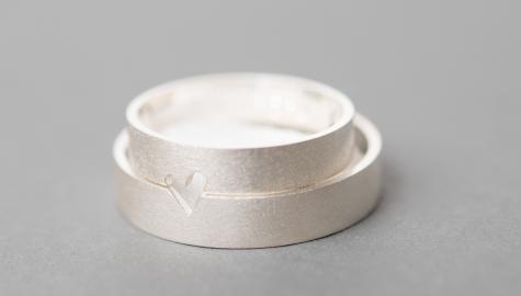 Trouwringen zilver – hartje