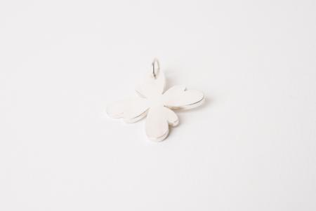 Zilveren bloem hanger