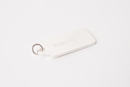 Zilveren label hanger met tekst