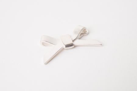 Zilveren strikjes hanger